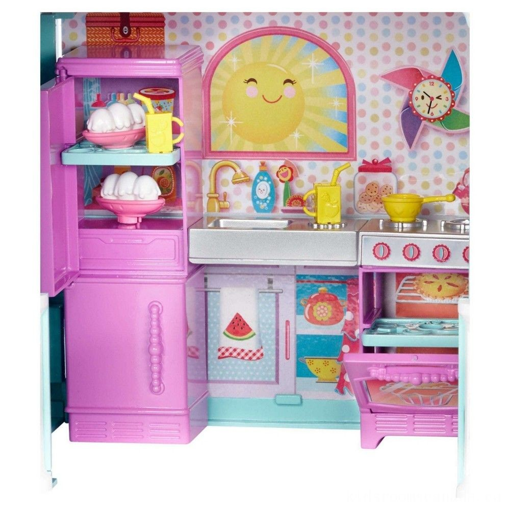 Black Friday 2020 - Barbie Club Chelsea Doll and Playhouse