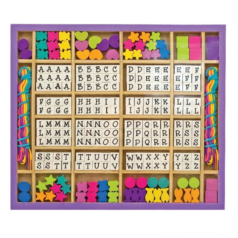 Black Friday 2020 - Melissa & Doug Deluxe Wooden Stringing Beads With 200+ Beads and 8 Laces for Jewelry-Making